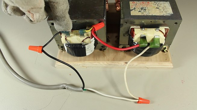 how to make an ac arc welder using parts from an old microwave part rh sites google com Transformer Wiring Diagram Battery Charger 480 to 120 Transformer Wiring Diagram