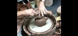 Make a teapot in ceramics