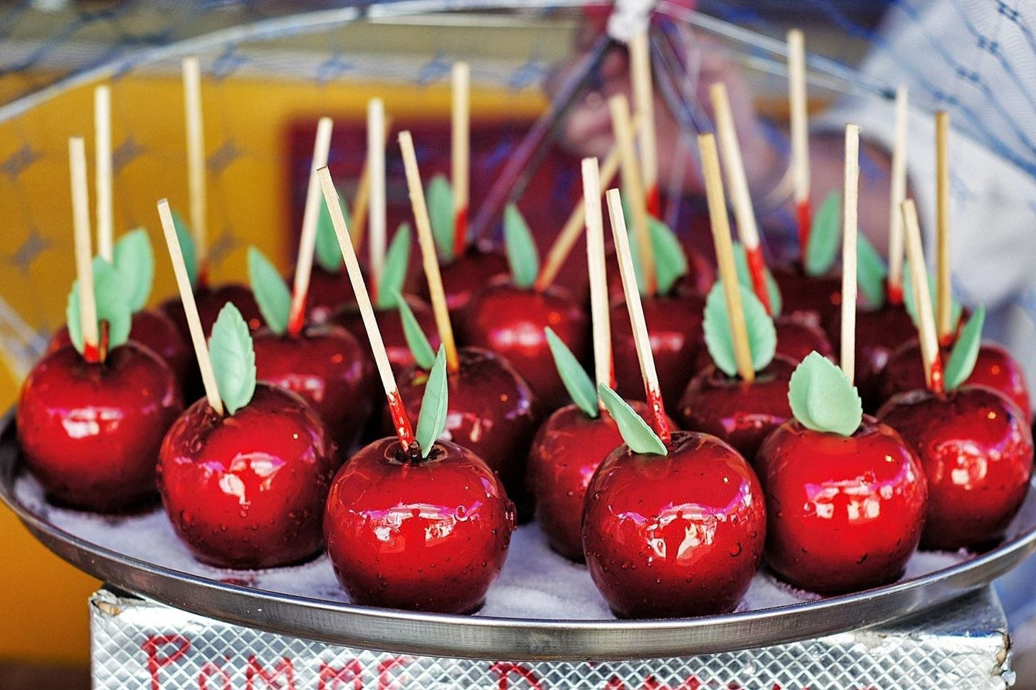 Candy vs. Caramel: Which Halloween Apple Reigns Supreme? [DEBATE]