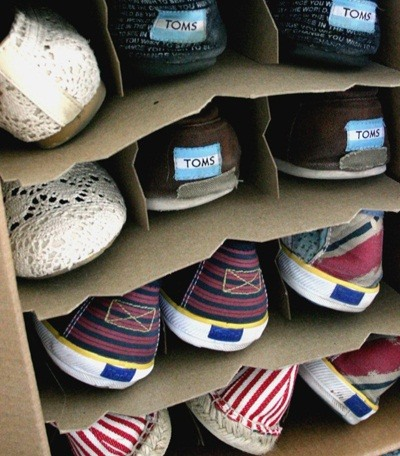 10 beautiful diy ways to declutter your closet macgyverisms number 2wine box shoe rack solutioingenieria Choice Image