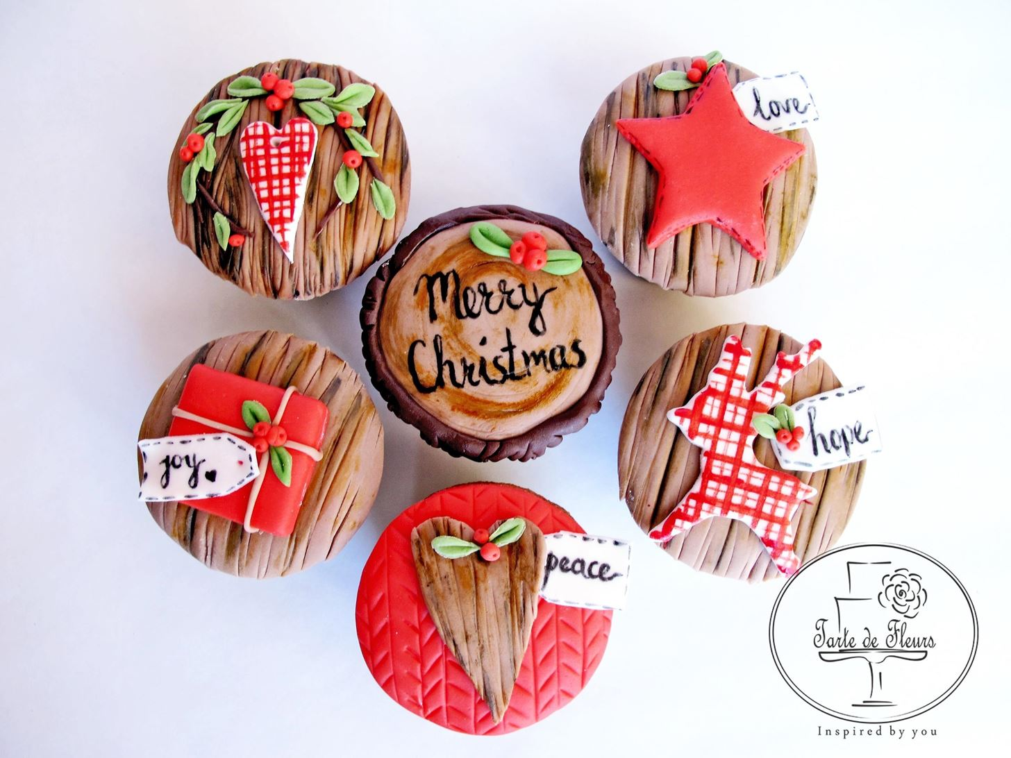 How to Make Rustic Christmas Cupcakes
