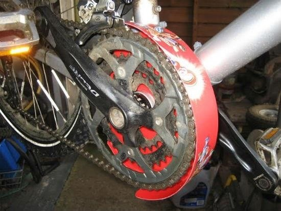 Keep Your Bike Chain Clean on Rainy Days with This Super Easy DIY Mud Guard