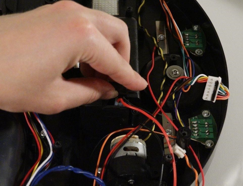 How to Replace bObsweep's Power Switch