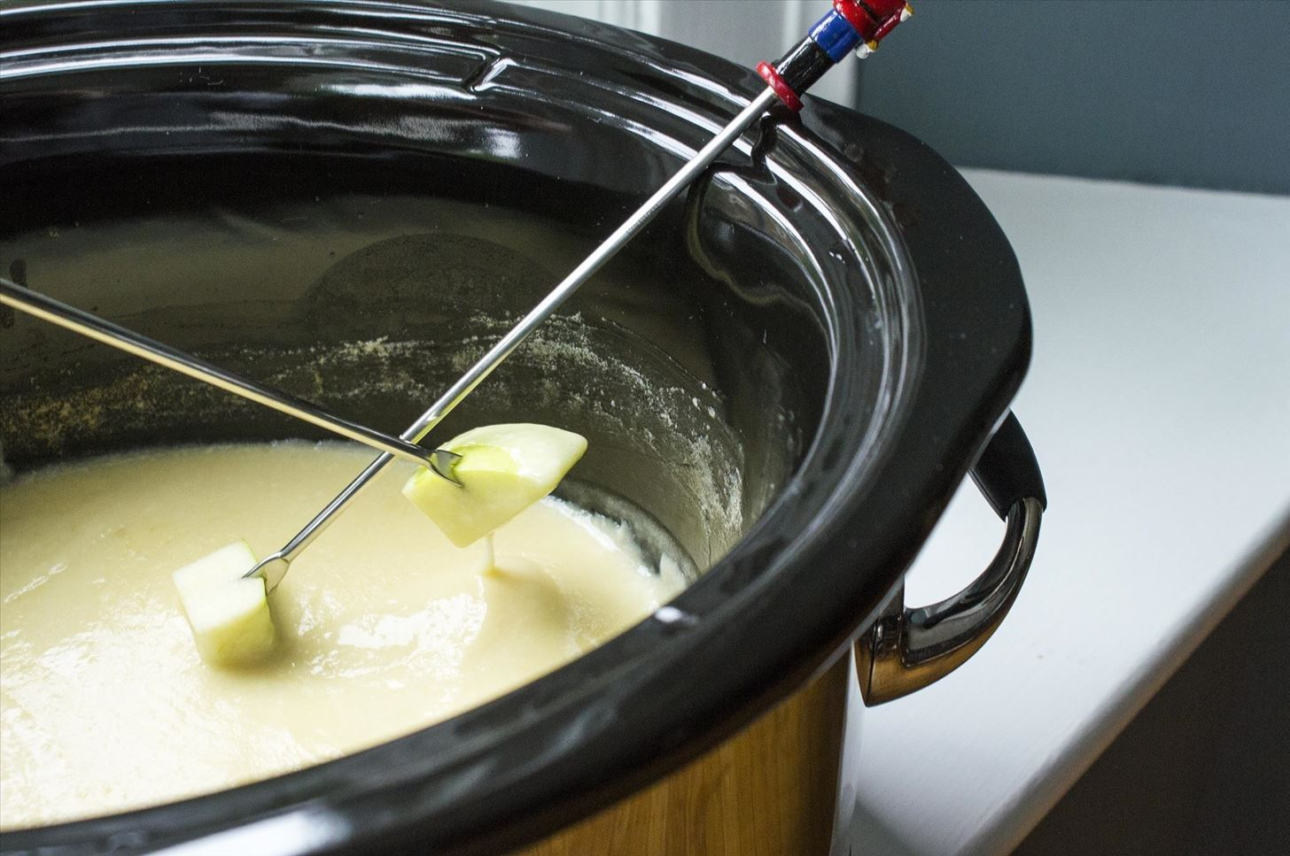 How to Make Cheese Fondue Without a Fondue Pot