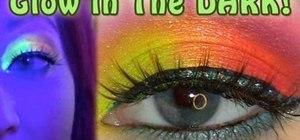 Create a glow-in-the-dark raver makeup look