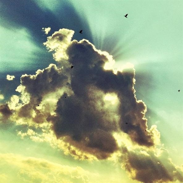 SUBMIT: Your Best Cloud Photo by October 10th. WIN: Color Lens and Flash Filter Set [Closed]