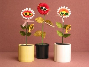 Would Like to Make a Dancing Flower, Like the One in the 90's