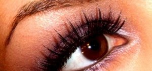 Get heartbreaker eyes with false eyelashes