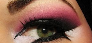 Line Arabic eyes with pink & purple eye shades