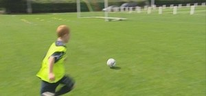 Cross the ball in soccer