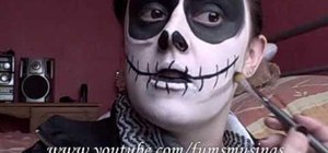 Do Jack Skellington from The Nightmare Before Christmas makeup for a costume