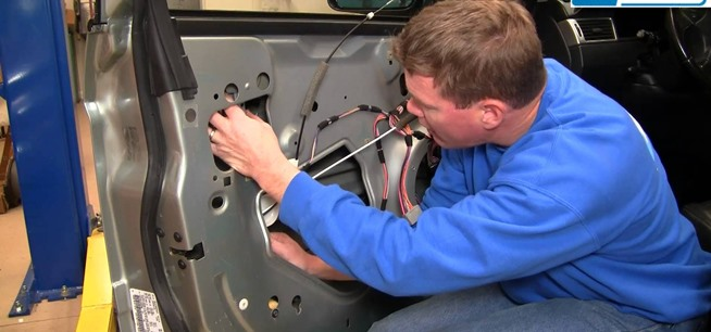 Car maintenance tips carzy provides simple steps to for 04 pacifica window regulator