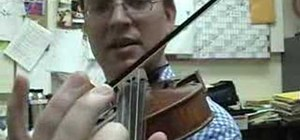 Play the violin in tune using vibrato