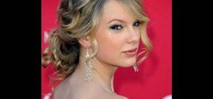 Style a Taylor Swift updo