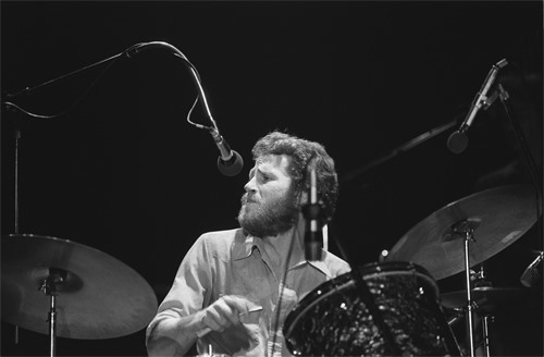 Levon Helm Bustin' Out the Nitty-Gritty Mud Beats