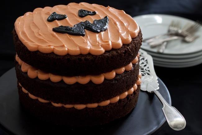 Chocolate Cake and Pumpkin for Halloween