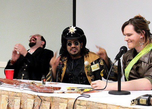 How to Prepare and Present a Panel at a Steampunk Convention