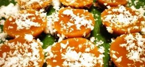 Make Filipino kutsinta (brown rice cake)
