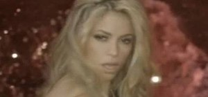 Style your hair like Shakira's she-wolf look