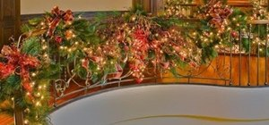 Decorate your staircase with a golden splendor Christmas garland