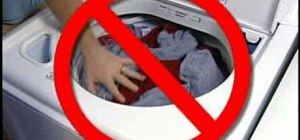 how to avoid shrinking clothes in washer