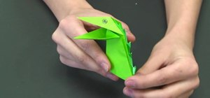 Fold an excellent origami snapping dinosaur