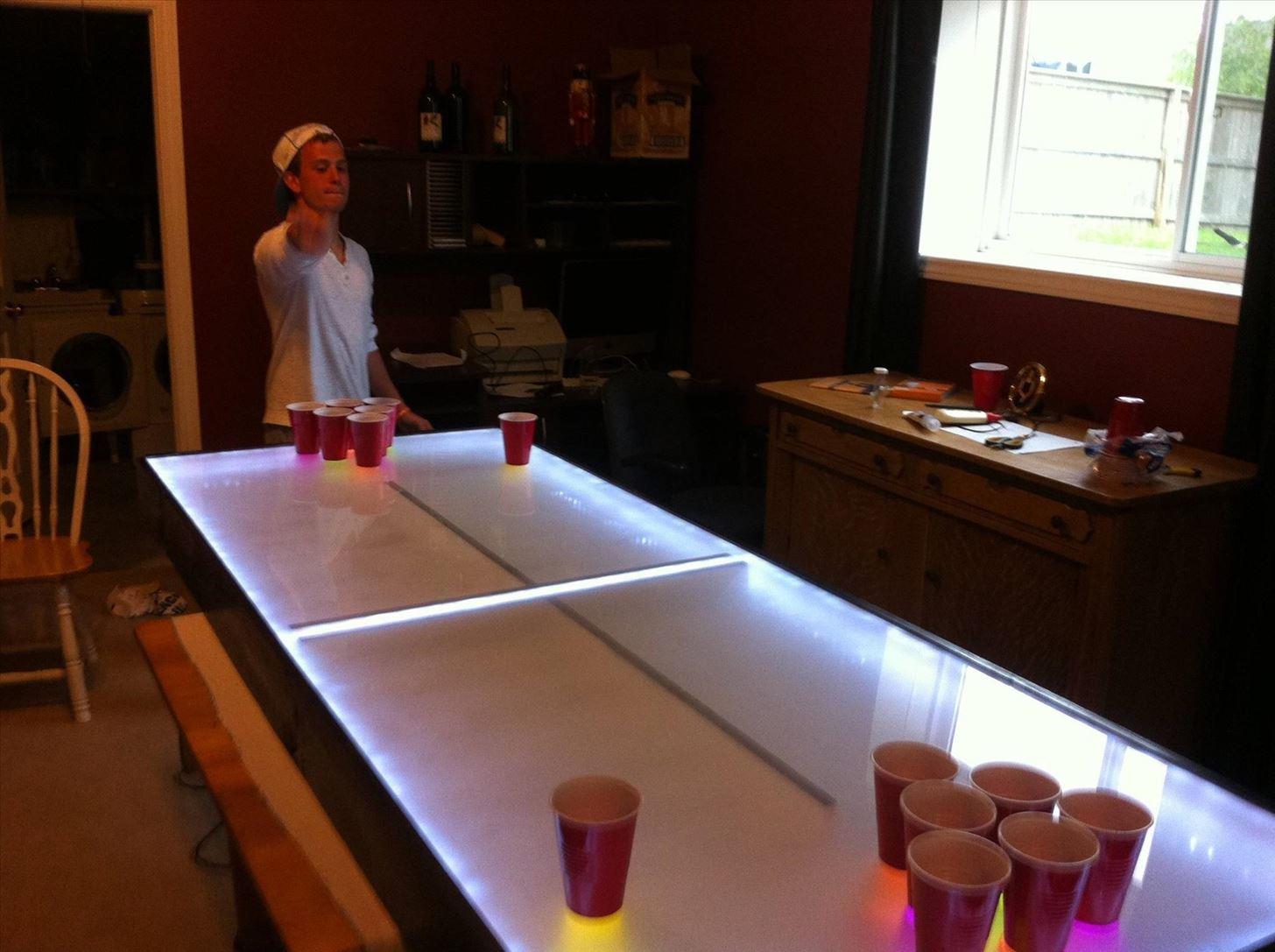 Homemade beer pong table - Image Via Imgur