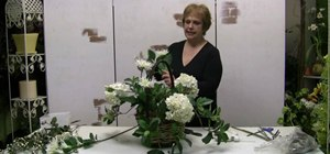 Make a Mother's Day flower basket