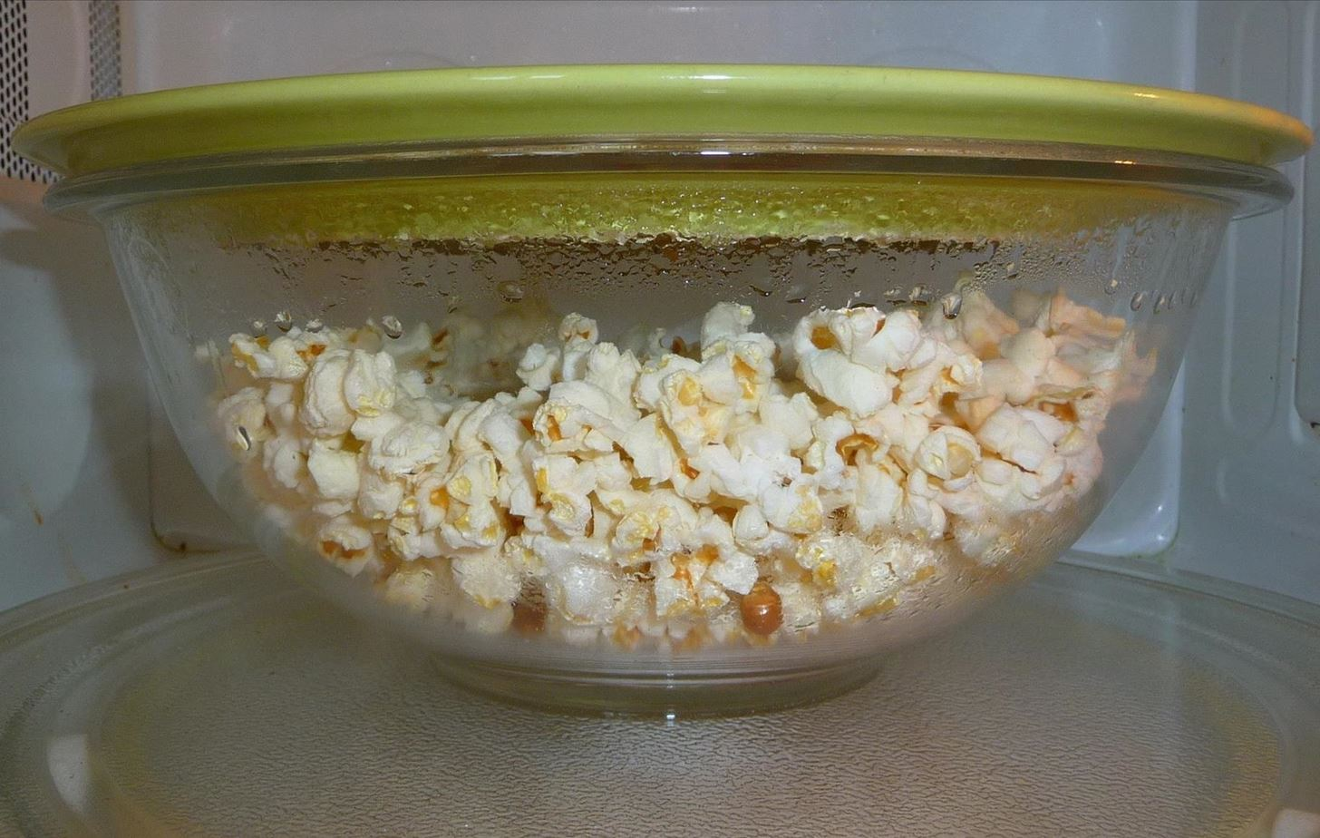 The Only Way to Make Buttered Popcorn in a Bowl