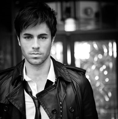 "Enrique Iglesias - ""Tonight (I'm Lovin' You)"" review"