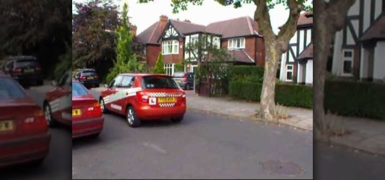 Demonstrate the Reverse Park Manoeuvre on a Driving Test in England