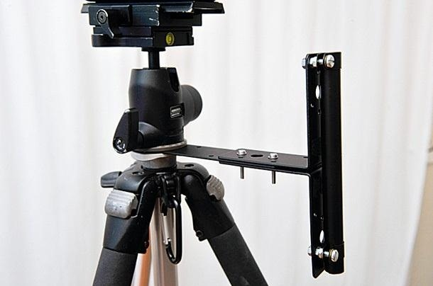 Protect Your Camera from Rain with This Hands-Free DIY Umbrella Holder for Your Tripod