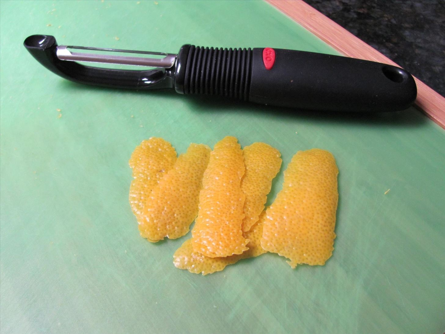 How to Zest Citrus Fruits Without a Zester Tool or Microplane