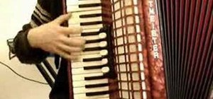 "Play ""La valse d'Amelie"" on accordion"