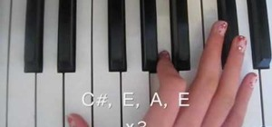 "Play ""Halo"" by Beyoncé on the piano"