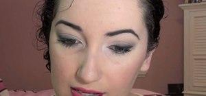 Create Dianna Agron's Golden Globes 2011 feminine makeup look