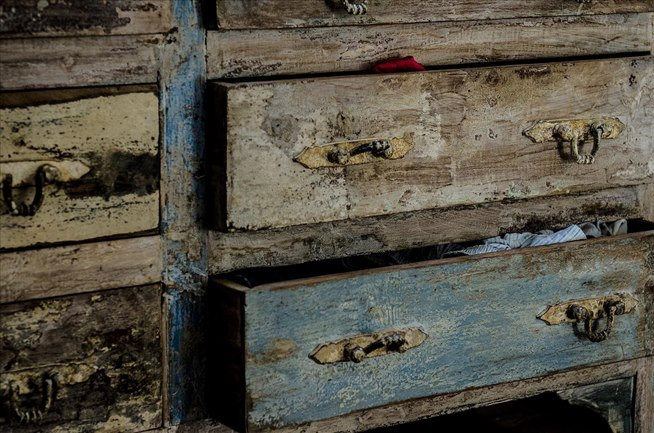How To Make Sticky Or Stubborn Wooden Drawers Slide More