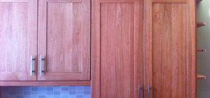 Adjust the Alignment of Cabinet Doors