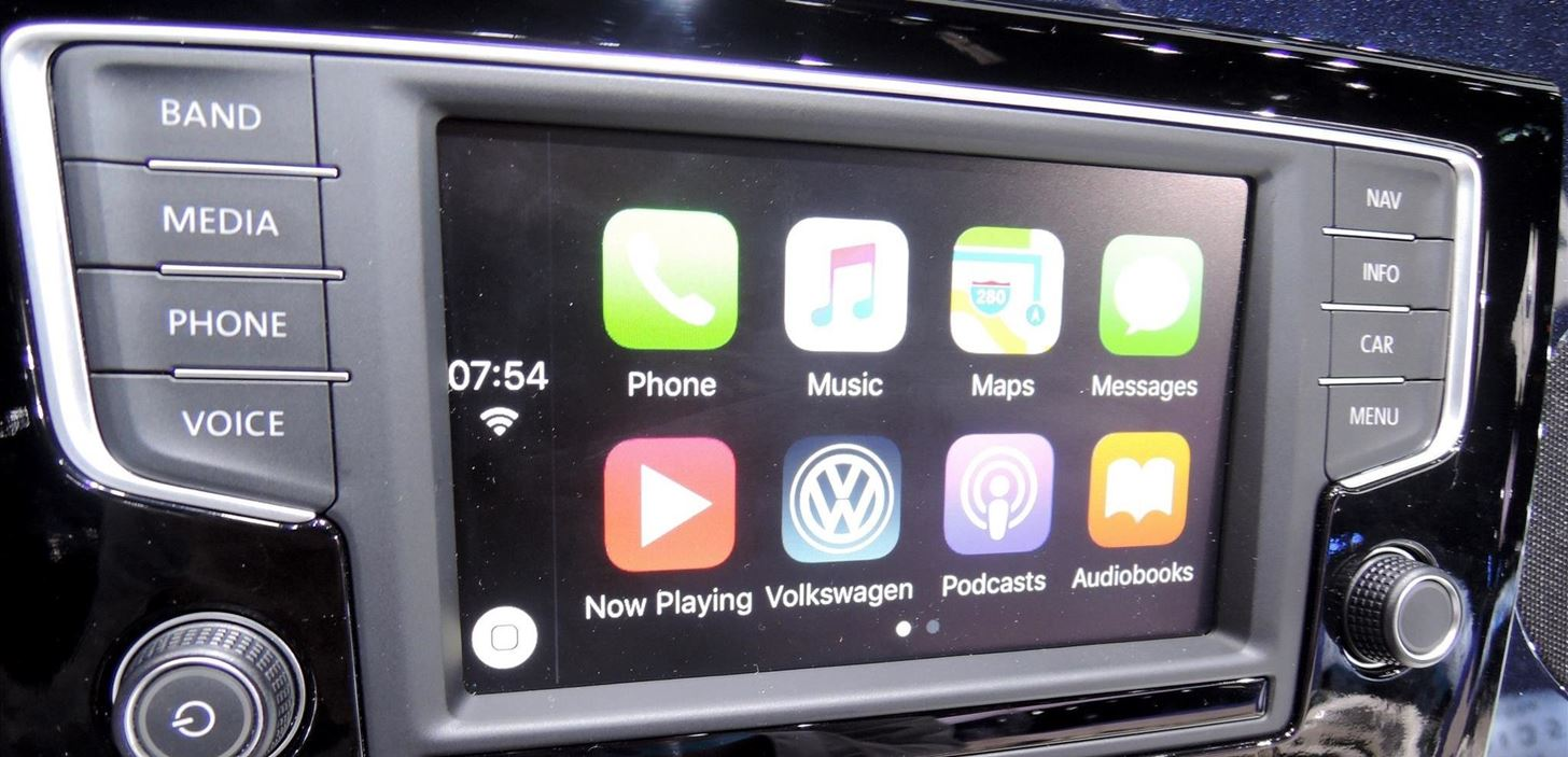 LA Auto Show: VW Does Infotainment the Right Way