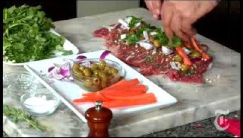 Make Argentinian matambre, stuffed flank steak
