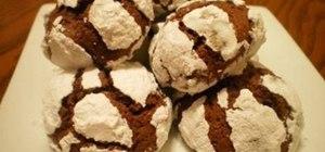 Make chocolate crinkle cookies
