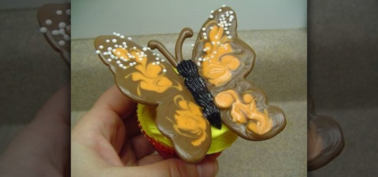 How To Decorate A Cupcake With A Candy Monarch Butterfly