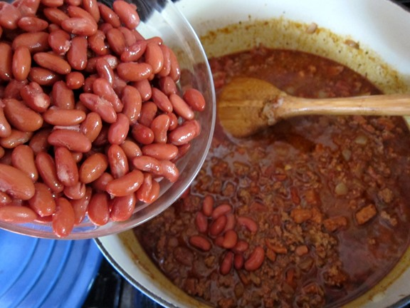 How to Make Bourbon-Spiked Chili