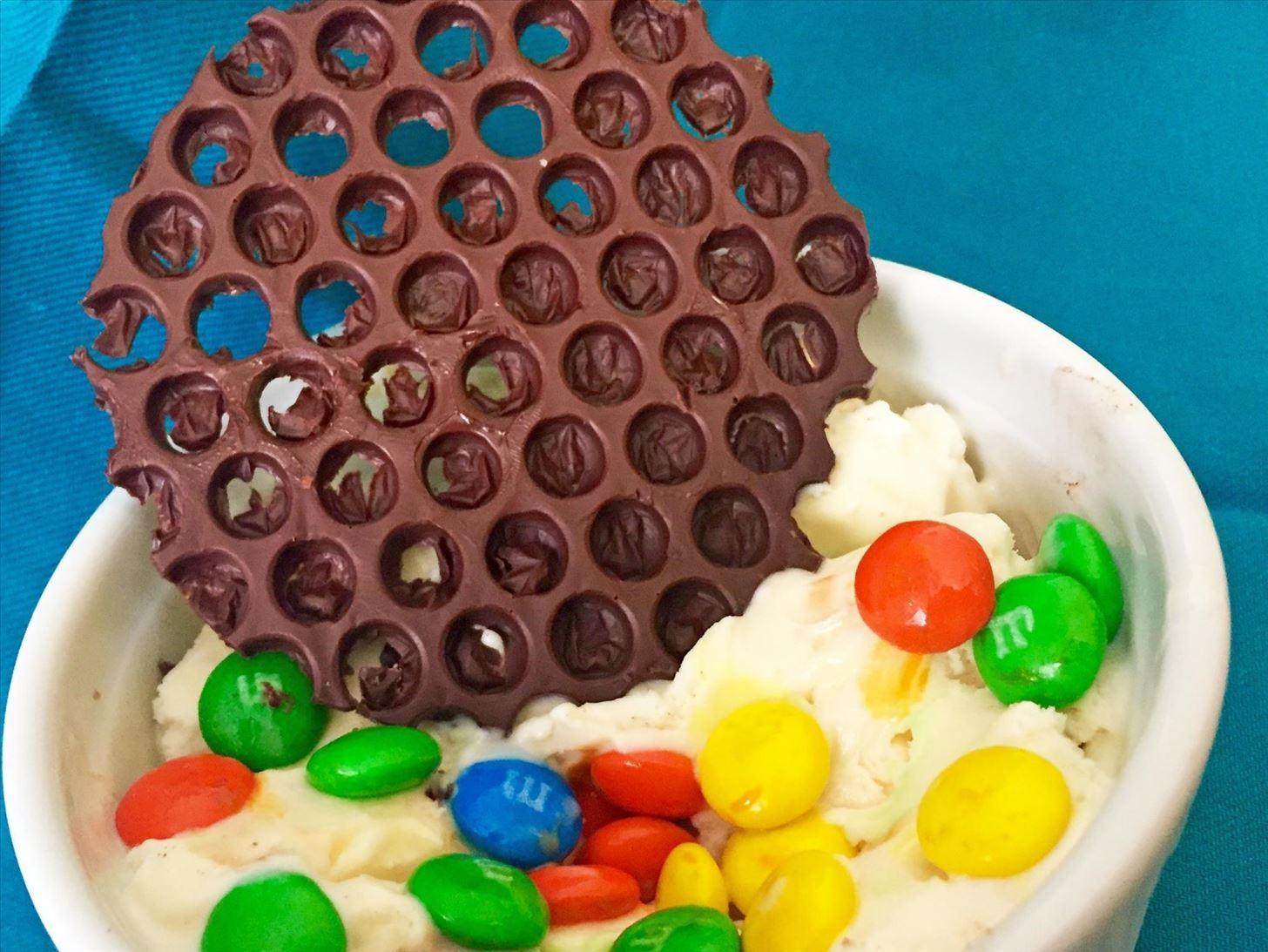Make Amazing Dessert Art Using Bubble Wrap