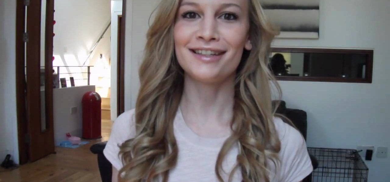 How To Curl Hair Into Loose Curls With A Straightening