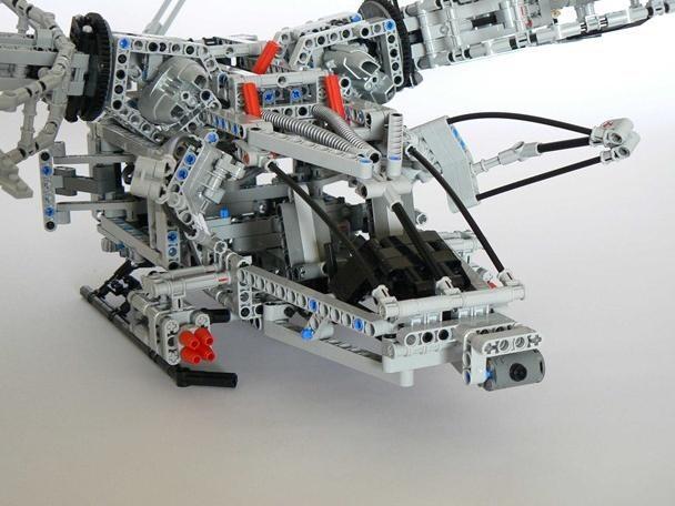 Motorized LEGO Avatar Helicopter is Badass Na'Vi Killer