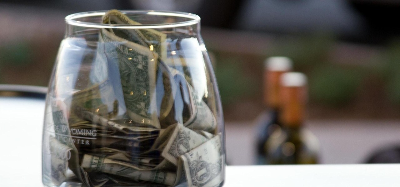 Want Bigger Tips? Draw Eyes on Your Tip Jar
