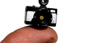 World's Tiniest Camera Smaller Than a Fingertip