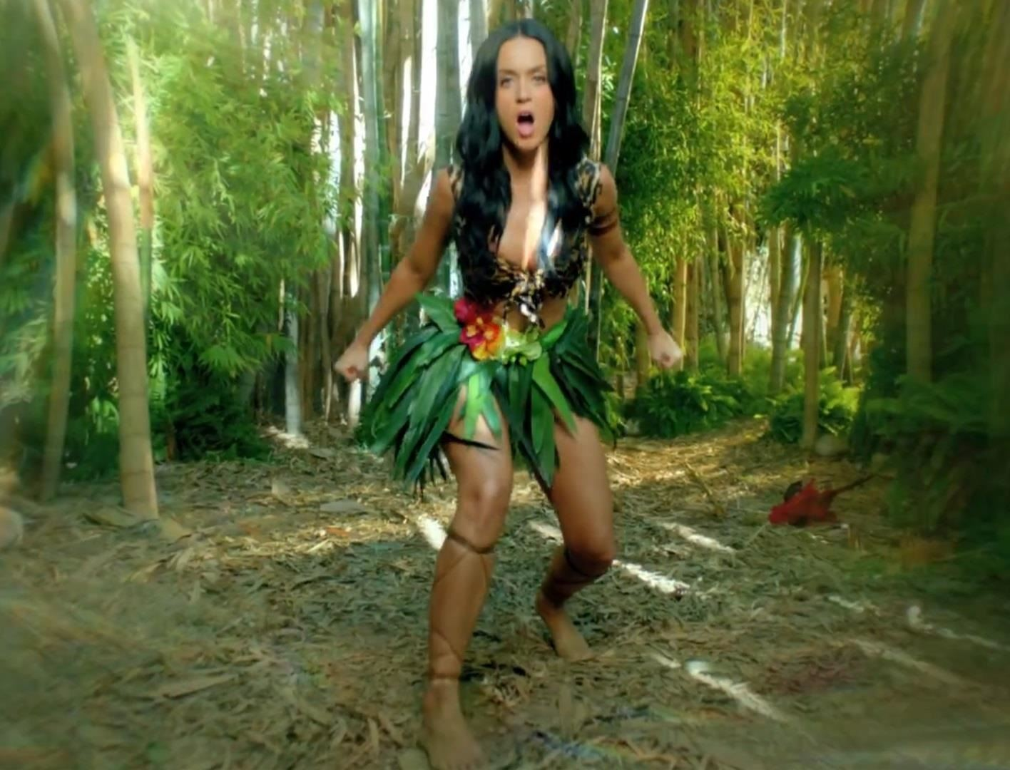 "How to Make a Katy Perry ""Roar"" Costume for Halloween"