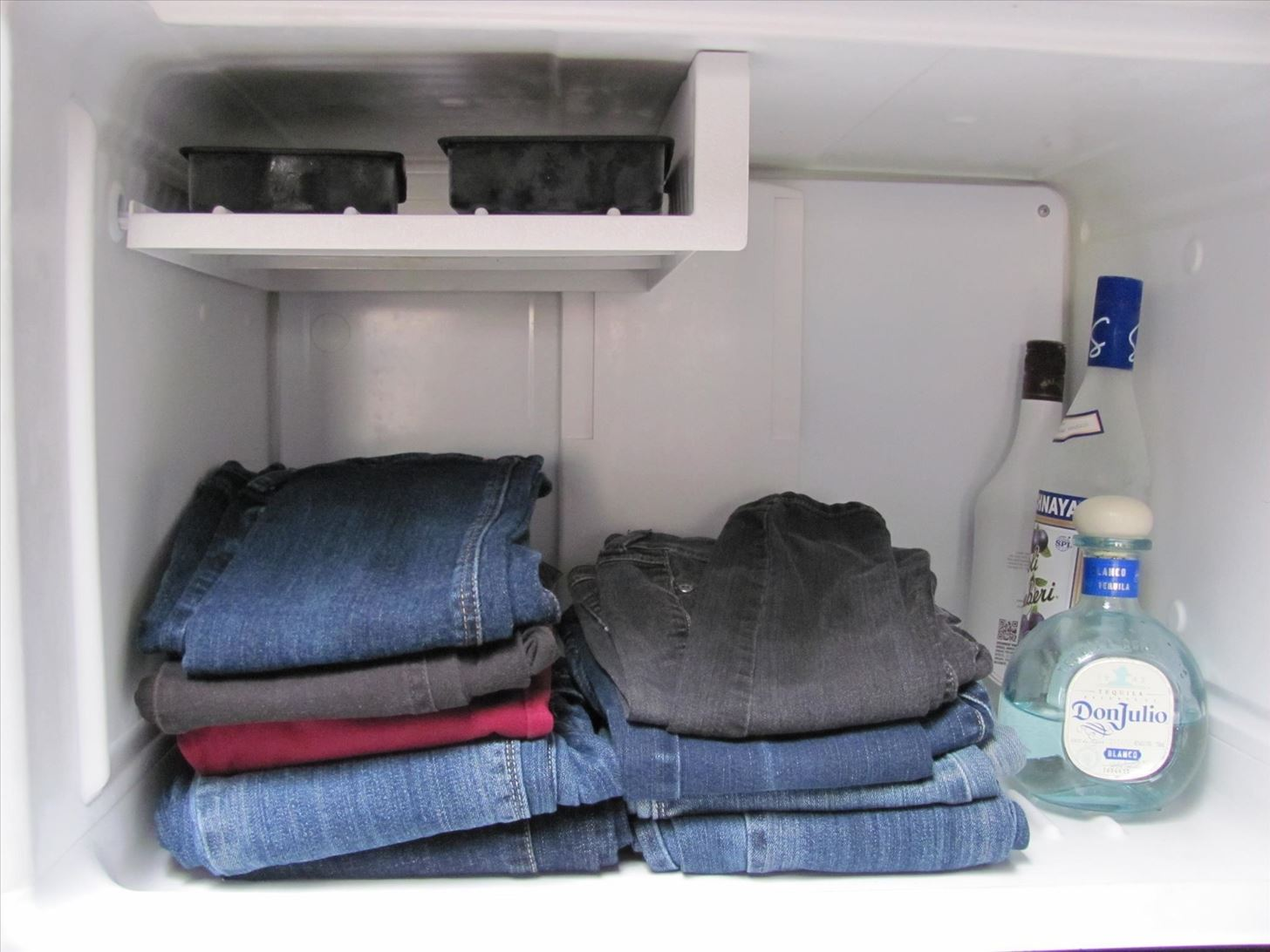 How to Keep Denim Jeans Clean & Smell-Free Without Ever Washing Them at All